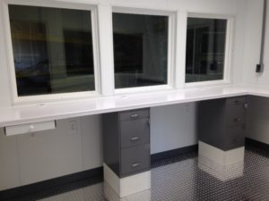 8x12 Operators Booth-Interior-Ingedion